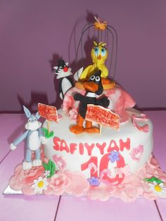 62 Best Cakes Bugs Bunny Images In 2019 Bugs Bunny Birthday