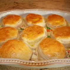 Mom S Fabulous Chicken Pot Pie With Biscuit Crust Have To Make This For My Husband He Ll Love This