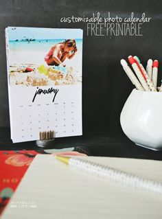 Free Printable 2015 Desk Calendar. Leave it blank or customize with your own pictures. | MyFabulessLife.com