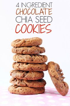 4 Ingredient Chocolate Chia Cookies Make delicious and healthy Chocolate Chia Seed Cookies with just 4 simple ingredients! Super healthy and great for kids! Good Healthy Recipes, Healthy Baking, Healthy Desserts, Healthy Foods, Healthy Cookies For Kids, Healthy Lunches, Healthy Appetizers, Healthy Nutrition, Biscotti