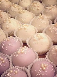 Pearl Cake Pop Truffles by Fancy Batter Baby Shower Kuchen, Mini Cakes, Cupcake Cakes, Cake Pop Designs, Pearl Cake, Mothers Day Cake, Salty Cake, Savoury Cake, Shower Cakes
