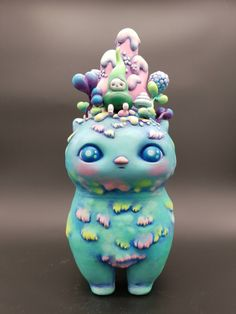 {Do you need kids toy tips? Big Girl Toys, Weird Toys, Misfit Toys, Funky Art, Cat Doll, Cat Colors, Space Cat, Vinyl Toys, Designer Toys