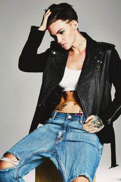 Hey I'm Ruby Rose. I am 29 (?) And I am a lesbian. I am a model and an actress. ((Halsey x Ruby))