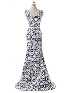 Formal+Evening+Dress+A-line+V-neck+Sweep+/+Brush+Train+Satin+with+Pattern+/+Print+/+Sequins+–+USD+$+109.99
