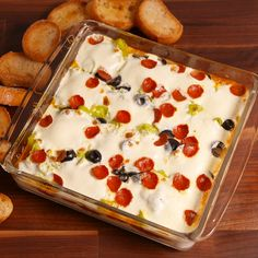 Seven Layer Dip This pizza seven-layer dip is the cheesiest party appetizer you'll ever have. Get the recipe at .This pizza seven-layer dip is the cheesiest party appetizer you'll ever have. Get the recipe at . Finger Food Appetizers, Appetizer Dips, Yummy Appetizers, Appetizers For Party, Appetizer Recipes, Dinner Recipes, Pizza Dip Recipes, Chip Dip Recipes, Cheap Appetizers