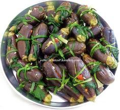 One of the most delicious pickles is eggplant pickles … recipe from my mother … mu … - Salat Turkish Recipes, Ethnic Recipes, Mother Recipe, Probiotic Foods, Good Food, Yummy Food, Eggplant Recipes, Breakfast Items, Bon Appetit