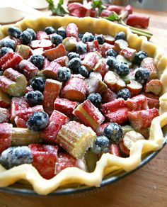 This rhubarb pie is the bomb! Exploding with tartness and sweetness in every bite. Serve it topped with whipped or ice cream and it is irresistible. Blueberry Rhubarb Pie, Rhubarb Rhubarb, Rhubarb Recipes, Rhubarb Ideas, Pie Crumble, Crumble Topping, Just Desserts, Delicious Desserts, Baking Recipes