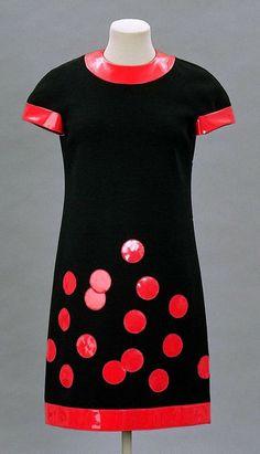 Dress, Pierre Cardin, 1962. The Museum of Fine Arts, Boston