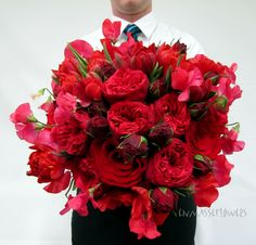 red rose and sweetpeas bouquet