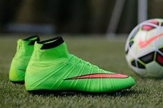 New NIKE Mercurial Superfly cleats. Think I found my new soccer boots Nike Football Boots, Nike Boots, Soccer Boots, Football Cleats, Football Trainers, Soccer Gear, Nike Soccer, Soccer Stuff, Superfly Cleats