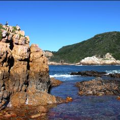 Knysna Heads Knysna, Indiana Jones, Creative Things, Travelogue, Beautiful Gardens, Places Ive Been, South Africa, Cape, Beautiful Places