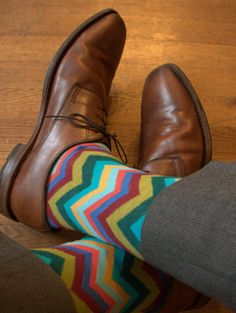 It's all about the quirky sock detail! Boys Socks, Fun Socks, Crazy Socks, Fashion Socks, New Fashion, Men Accesories, Reebok, Colorful Socks, Well Dressed Men