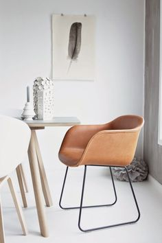 Muuto fiber chair cognac silk leather