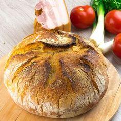 Ce poate fi mai plăcut, decât mirosul ademenitor al pâinii fragede scoase din cuptor?! Acum cu această rețetă inedită veți putea înmiresma toată casa cu acestă aromă de neînlocuit. Veți obține o pâine atât de Multicooker, Dough Recipe, Baked Potato, Camembert Cheese, Good Food, Food And Drink, Homemade, Ethnic Recipes, Crafts
