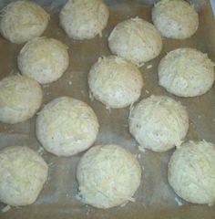Juustoiset kaurasämpylät - Mimmin keittiö - Vuodatus.net - Hamburger, Bread, Ethnic Recipes, Food, Eten, Hamburgers, Bakeries, Meals, Breads