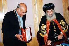 قداسة البابا شنودة الثالث مع الدكتور مجدى يعقوب