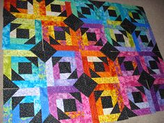 The Nifty Stitcher: Pineapple Blossom Quilt. Love the colors.