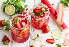 Best Detox Water Recipes To Get Clear Skin Easter Cocktails, Non Alcoholic Cocktails, Sweet Cocktails, Fruity Cocktails, Popular Cocktails, Wine Cocktails, Grape Recipes, Vodka Recipes, Cocktail Recipes