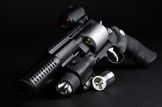 Smith & Wesson 500, Punisher