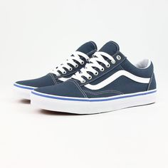 Latest drop from @vans  the new midnight blue #oldskool get them here >> SUPEREIGHT.NET #vans #vansskateboarding #vansshoes #offthewall #skateboarding #skatehshoes #vansclassics