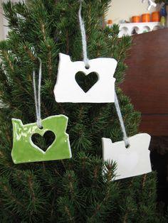 a living space: Oregon Love Ornaments
