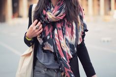 I like the scarf and how she combined everything...