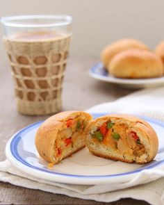 Masala Buns – Eggless,Whole Wheat Buns with a Spicy Filling – Sinfully Spicy Eggless Baking, Savoury Baking, Indian Food Recipes, Vegetarian Recipes, Cooking Recipes, Veggie Delight, Savory Snacks, Yummy Eats, Spicy
