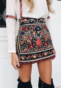 Love this skirt !!