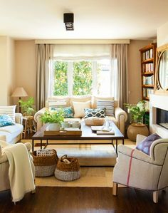 4 salones ideales: ideas de decoradora para tener un salón perfecto Home Living Room, Living Room Designs, Living Room Decor, Brown Furniture, Furniture Nyc, Furniture Removal, Apartment Interior, Living Room Inspiration, Room Colors