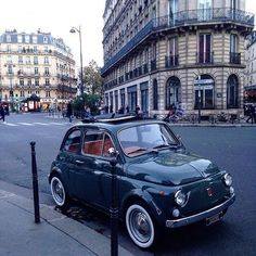 via fiat500nelmondo - Eleganza pura! Paris, Saint Nicholas des Champs (By maiorupsett on Tumblr) http://ift.tt/1lxIEna