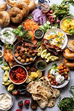 Ultimate Spring Brunch Board Half Baked Harvest – All Recipes Brunch Recipes, Healthy Dinner Recipes, Mexican Food Recipes, Brunch Ideas, Brunch Foods, Healthy Brunch, Healthy Food Blogs, Party Recipes, Easter Recipes