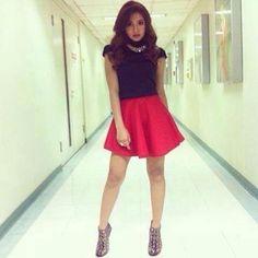 nadine lustre Nadine Lustre, Filipina Actress, James Reid, Jadine, Best Actress, Style Icons, Cheer Skirts, Skater Skirt, Lion