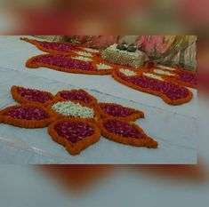 Festival Decorations, Flower Decorations, Pookalam Design, Floral Arrangements, Flower Arrangement, Flower Rangoli, Pooja Rooms, Diwali, Backdrops