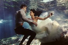 Trash the Dress Pictures at the Beach - Wedding Thingz