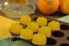 Hozzávalók:  1,5dl  narancslé-frissen facsart   20g   zselatin             Elkészítés:   -A félbevágott narancsokat... Fudge, Dairy, Cheese, Orange, Vegetables, Fruit, Cooking, Food, Marshmallows