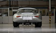 Jaguar mostra retrô Lightweight E-Type - carros - avaliacoes - Jornal do Carro