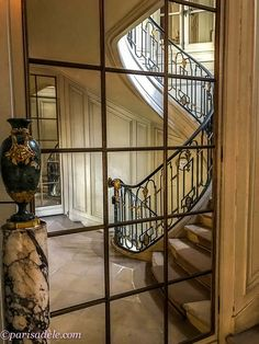 Musée Nissim de Camondo   Paris Adèle Adele, Lobby Bar, European House, Paris, Historic Homes, House Rooms, Old World, Minimalism, Modern Design