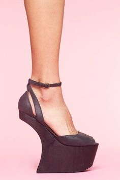 Str8up Platform - Black Leather  $133.00
