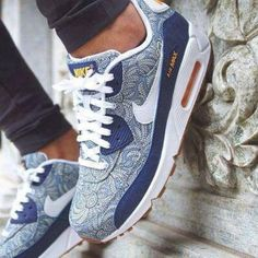 Sneakers For Girl : Cool Street Style Nike Air Max Blue Paisley Printed Sneakers… Nike Lebron, Nike Free Shoes, Nike Shoes Outlet, Nike Air Force Design, Air Max Bleu, Air Max 90, Nike Basketball, Air Max Sneakers, Sneakers Nike