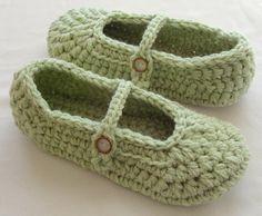 Crochet Slippers Crochet Slippers PATTERN por LisaCorinneCrochet