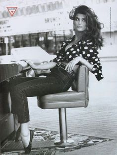 Guess Jeans, Elle magazine, September Photograph by Ellen Von Unwerth. Guess Models, 90s Models, Ellen Von Unwerth, Elle Magazine, Guess Jeans, Look Fashion, 90s Fashion, Ideas Hijab, Air Max 90