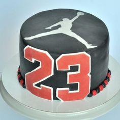 Splatter Cake, Jordan Cake, Basketball Cakes, Frozen Cake, Happy Birthday Cakes, Coco, Birthday Invitations, Cupcake Cakes, Jay