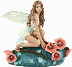 Fairy Site is a distributor of fairy figurines and fairy ornaments. Collectibles from Fairy Site are quality images of various themed fairies. The ornaments and figurines are in the six to ten inch size which appeals to many fairy lovers. Fairy Statues, Fairy Figurines, Dragon Figurines, Forest Creatures, Magical Creatures, Enchanted Fairies, Beautiful Fairies, Angel Art, Fairy Art
