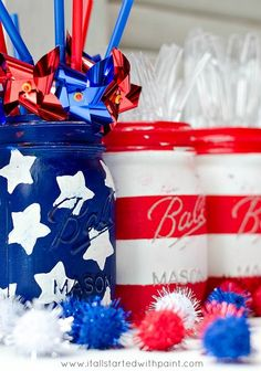 Don't think these DIY Red, White, and Blue Mason Jars would fit with your masculine Fourth of July bash? Think again, these bad boys are distressed—like cowboys in the Wild West or pioneers on the Mayflower—what's more manly than that? 4. Juli Party, 4th Of July Party, Fourth Of July, July Crafts, Holiday Crafts, Holiday Fun, Patriotic Crafts, Holiday Ideas, Patriotic Party