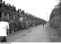 Discover the world through photos. Germany, Community, War, Central Station, Brandenburg, City, Foods, Deutsch