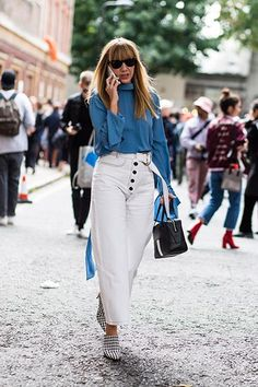 The most wearable street style looks to add to your rotation, stat - Vogue Australia Big Fashion, Cool Street Fashion, White Pants Outfit, Vogue Editorial, Power Dressing, Business Attire, Street Style Looks, Work Wear, Vogue Australia