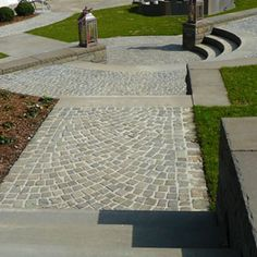 Stepping Stones, Sidewalk, Outdoor Decor, Home Decor, Front Courtyard, Paving Slabs, Natural Stones, Homemade Home Decor, Walkways