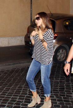 Sarah Jessica Parker in Rome. #poshpoint #streetstyle #SarahJessicaParker # #StromBrand #Rome #Italy #Fashion