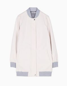 At Stradivarius you'll find 1 Bomber coat with plush lining for woman for just 35.99 £ . Visit now to discover this and more CLOTHING.