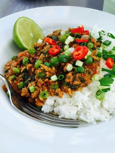 Turkey keema, light, spicy and totally yum! - 31 delicious things to eat in January | Daisies & Pie